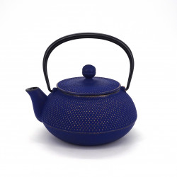 Japanese teapot cast iron, IWACHU ARARE 0,55lt, navy blue gold